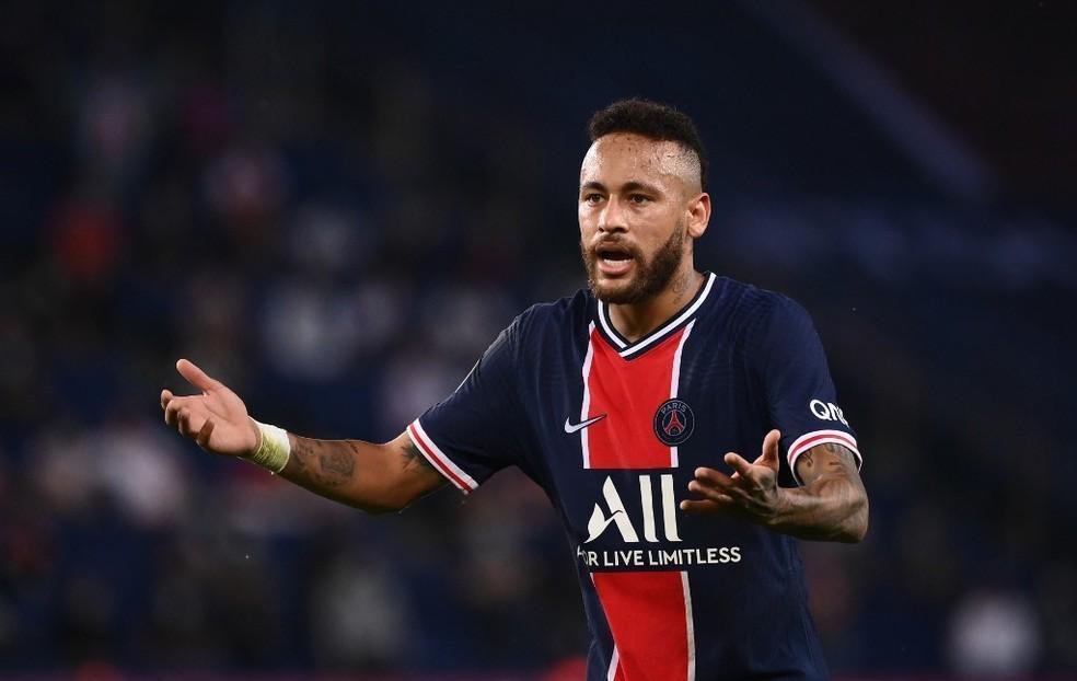Neymar agrediu um racista? Tá certíssimo!
