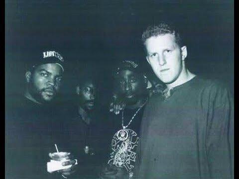 Ice Cube - John Singleton- 2Pac- Michael Rapaport https://t.co/HTYbbOijDq