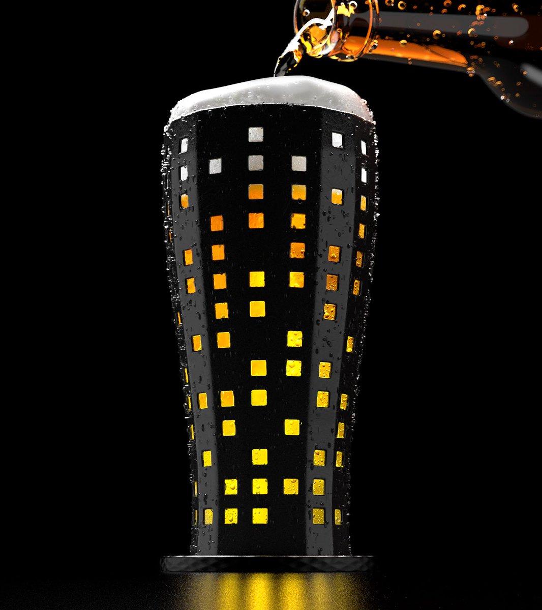 倒滿酒後,看起來就像是開燈城市夜景的酒杯 Eh2BY78U8AA6APa