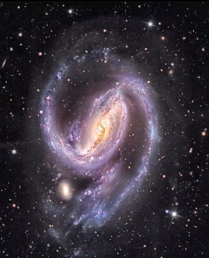 Galaxia NGC1097 https://t.co/ILZHn5IeRw