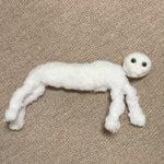 途中まで作った羊毛フェルトの猫が…じわじわ怖い…!