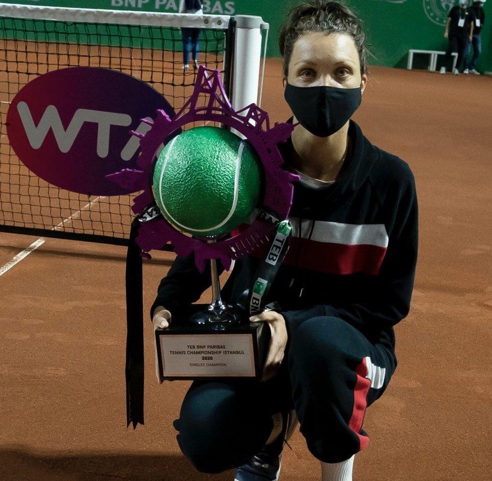 Felicitari Patricia 👏🏼👏🏼👏🏼 bravo si la cat mai multe trofee 😊 https://t.co/8KkDH52Ojq