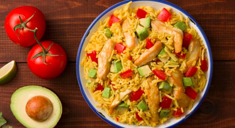 Celebra el #MesDeLaHerenciaHispana con esta deliciosa receta. :)  https://t.co/W6zXDABr9w https://t.co/ptXOn2mZlq