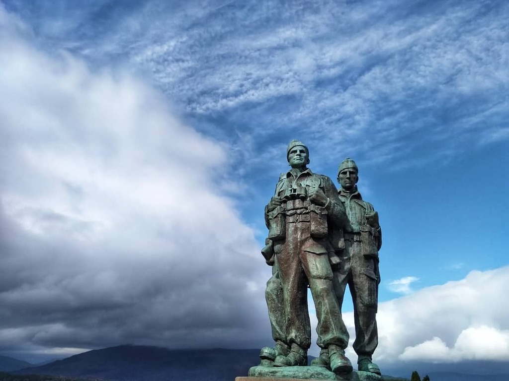 Five years since I last saw these guys at the Commando memorial, Spean Bridge. Probably the toughest five years of my life. Great to see this fantastic memorial again. #highlands #scotland #commandomemorial  #discoverscotland #hiddenscotland #scotlandexp… https://t.co/KIMP5WAfWf https://t.co/FJnblCQbqM