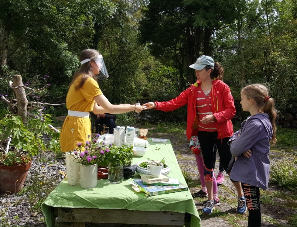 Help The Garden of Reimagination raise €1k for @BBkelpforest at their charity day Saturday 26th Sept, which is also the day they close for winter.  https://t.co/KZFsTRm1A6     @wildatlanticway @Corkcoco @pure_cork #purecorkwelcomes @GleannGarbh @theeweexperience @twogreenshoots https://t.co/pUPl5ie0wP