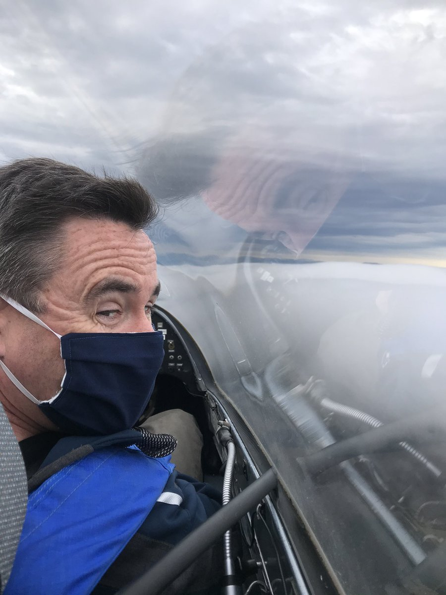 You don't have to be aircrew to fly with #TeamLossie! Our very own Fulmar Gliding Club offers instruction for all ranks and trades, through the Adventurous Training scheme. Thanks Stuart Naylor for teaching me a new type of flying! Another Monday at work: #LossieLife is awesome! https://t.co/SPlEquxIeQ