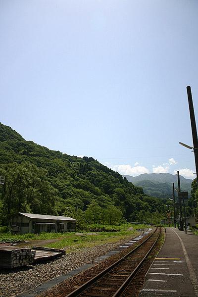 https://t.co/kxDPDYqWHV #traintravel #railfan #train #trainphotography #railwayphotography #train_vision #railways_of_our_world  #ファインダー越しの私の世界  #写真好きな人と繋がりたい #鉄道好きな人と繋がりたい  #鉄道のある風景 #鉄道風景 #鉄道風景写真 #鉄道写真 #鉄道情景 https://t.co/Mvwoh3wdaO