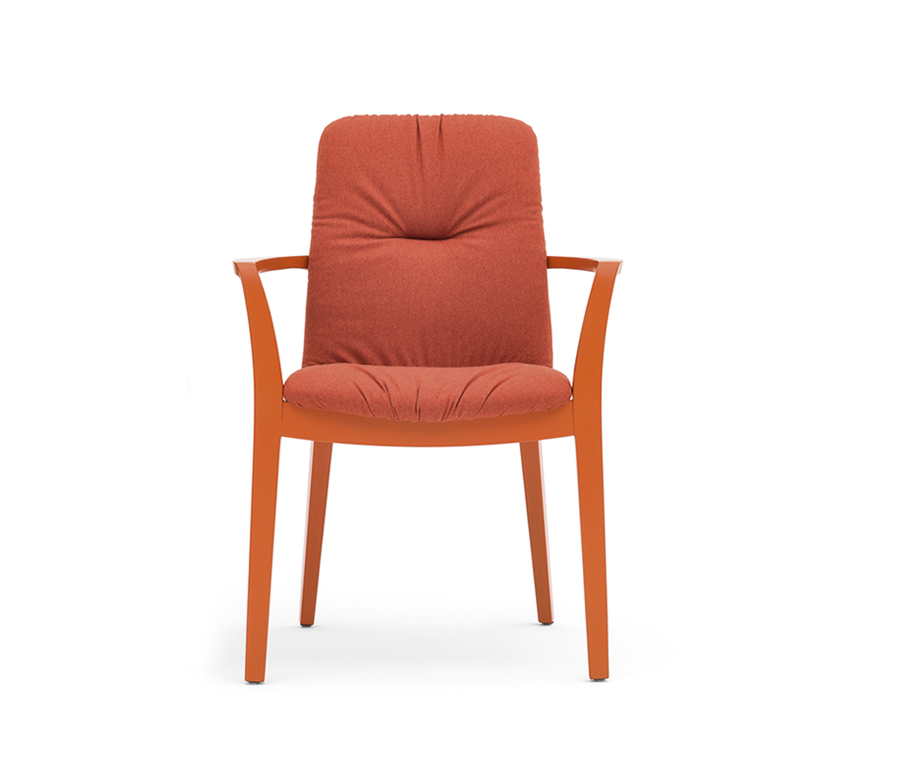 Light is a seating collection by Montbel, made of solid-wood, completed with a shell covered in fabric or leather. Click below.  https://t.co/Ob1OhWpXNy