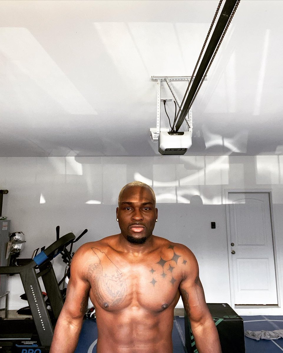 """Life is a journey . In my garage working on becoming a better version of myself . When my athlete career is over . I don't want to look back wishing & saying """"I could've / should've"""" ! THE TIME IS NOW #allin https://t.co/8bZFlNMGg6"""