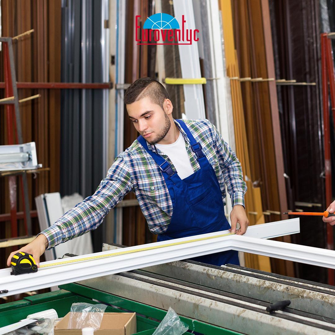 ¿Sabías que el PVC es un material duradero, altamente aislante, no es flamable, ecológico y reciclable? ¡No dudes en cotizar tus ventanas y puertas con Euroventyc! . . #Euroventyc #VentanasPVC #PuertasPVC #PVC https://t.co/670t1ism5O
