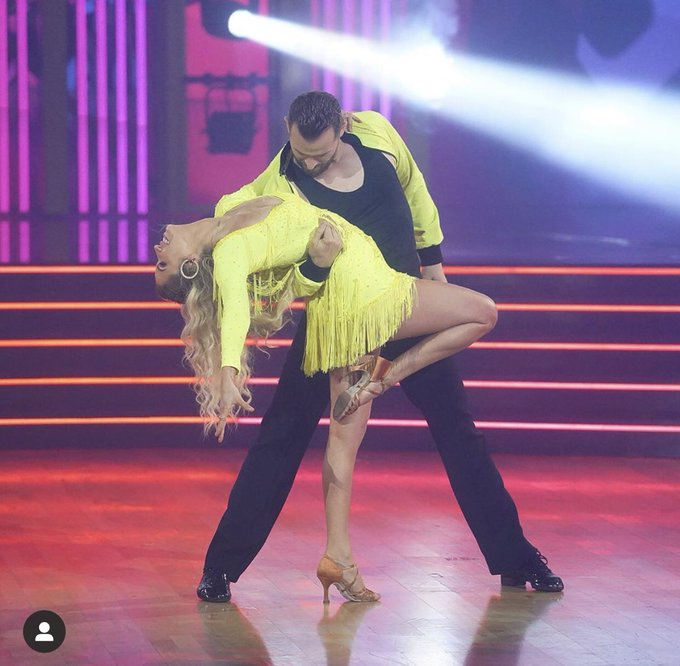 DWTS - Season 29 - Discussion - *Sleuthing Spoilers* - Page 8 Eh6x7gsXkAAjPvy
