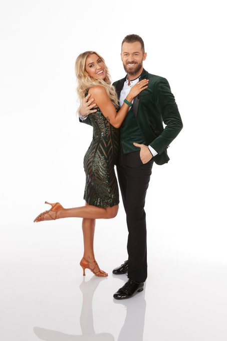 DWTS - Season 29 - Discussion - *Sleuthing Spoilers* - Page 8 Eh7BxpAWkAAyozt