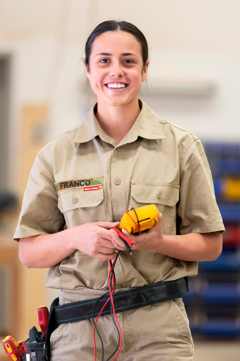 Sapper Elise Franco is training to be an @AustralianArmy Electrician. She recently completed her 12 month initial training & is now gaining on-the-job experience at the School of Military Engineering at Holsworthy, NSW. Keep up the great work, Elise. #TYFYS #OurPeople https://t.co/TVSDGp2Yq2
