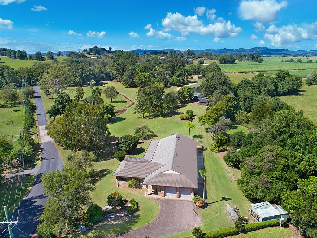 All usable 5.8 acres - 5km to Murwillumbah https://t.co/nfeabDoSDQ  The vendor is relocating north and his property must be Sold. Ready to negotiate and meet the market. #nsw #urliup #forsale #farmproperty #realestate #farmer #farm https://t.co/UyGyqeh0CD