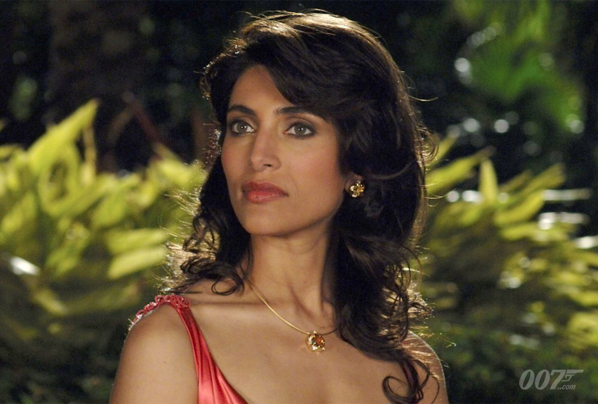 Happy 43rd birthday Caterina Murino! What about a drink at my place?