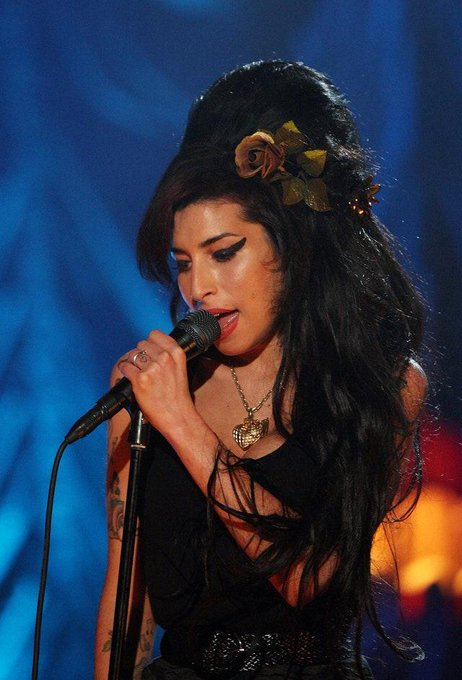 Happy Birthday Amy Winehouse, the singer would have been 36 years old today.