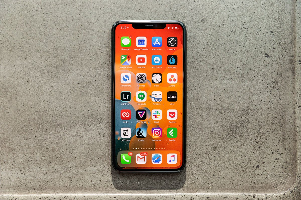 Apple's iPhone 12 lineup won't have high-refresh 120Hz displays, says analyst Ming-Chi Kuo