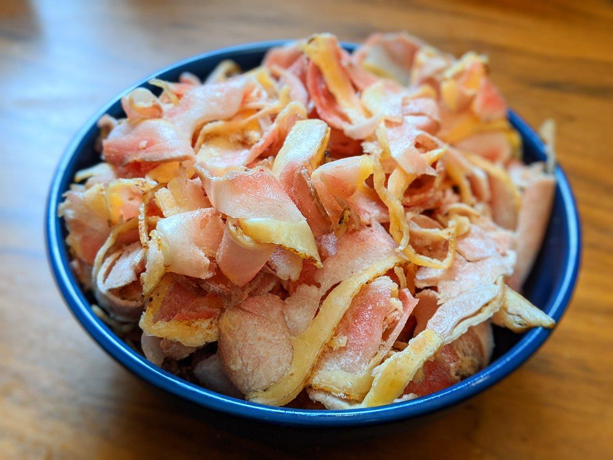 美味いしめちゃめちゃ楽…。解凍しなくていいし、袋開けてタレかけるだけ…。楽天1位のお取り寄せはおいしいの?実際に食べる『鶏刺し』編 | オモコロブロス!