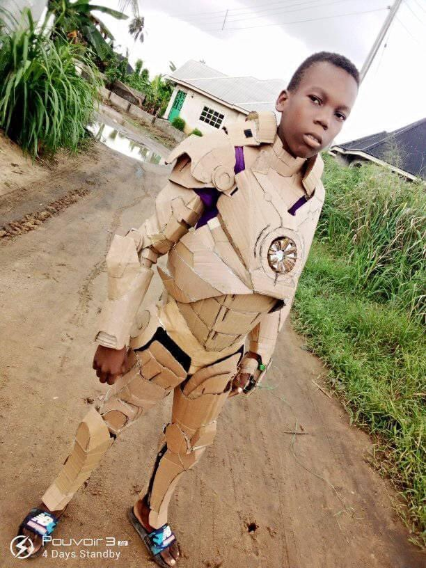 This young boy made Iron man's suit with Cartons🔥 It will cost you nothing to RT this creativity