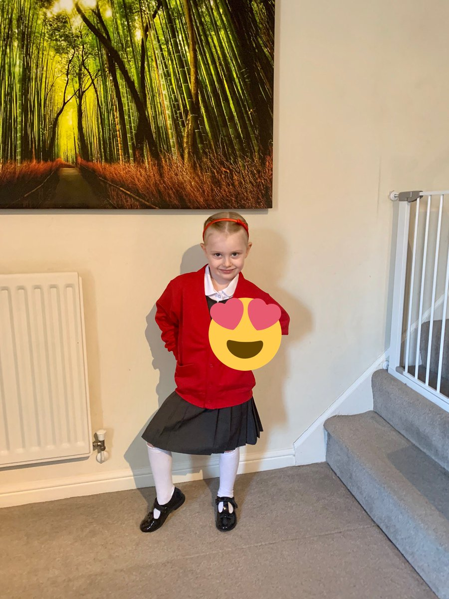 First day of school for my Grace Victoria..... Proud dad..... Proud husband....#proud #dad #family #schoolsreopening #schools #school https://t.co/5OS7buzM18