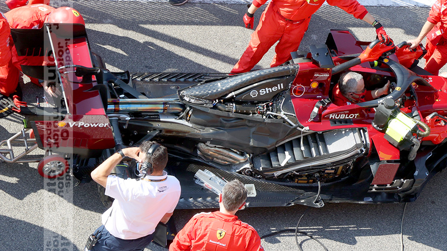 Got another pic of the naked Ferrari from a slightly different angle - with a better view of the radiator.  #AMuS #F1Porn #TuscanGP https://t.co/vydbys5IVV