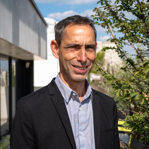Le 15 septembre, le Conseil d'administration de Terres Inovia a élu @GillesRobillar3 à la tête de l'institut technique des huiles, des protéines végétales et du chanvre. https://t.co/BE5x6HoUCj