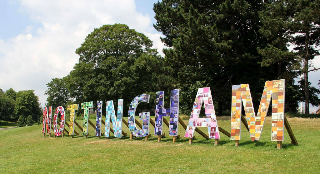 We hope our international students who arrived at the @UniofNottingham over the weekend are settling in ok 🤗  We're your Student's Union. We're here to support you, make your voices heard and help you have the best time possible at university! 👌  https://t.co/2nZ0VQwAY9 https://t.co/jnUK0zYh3r