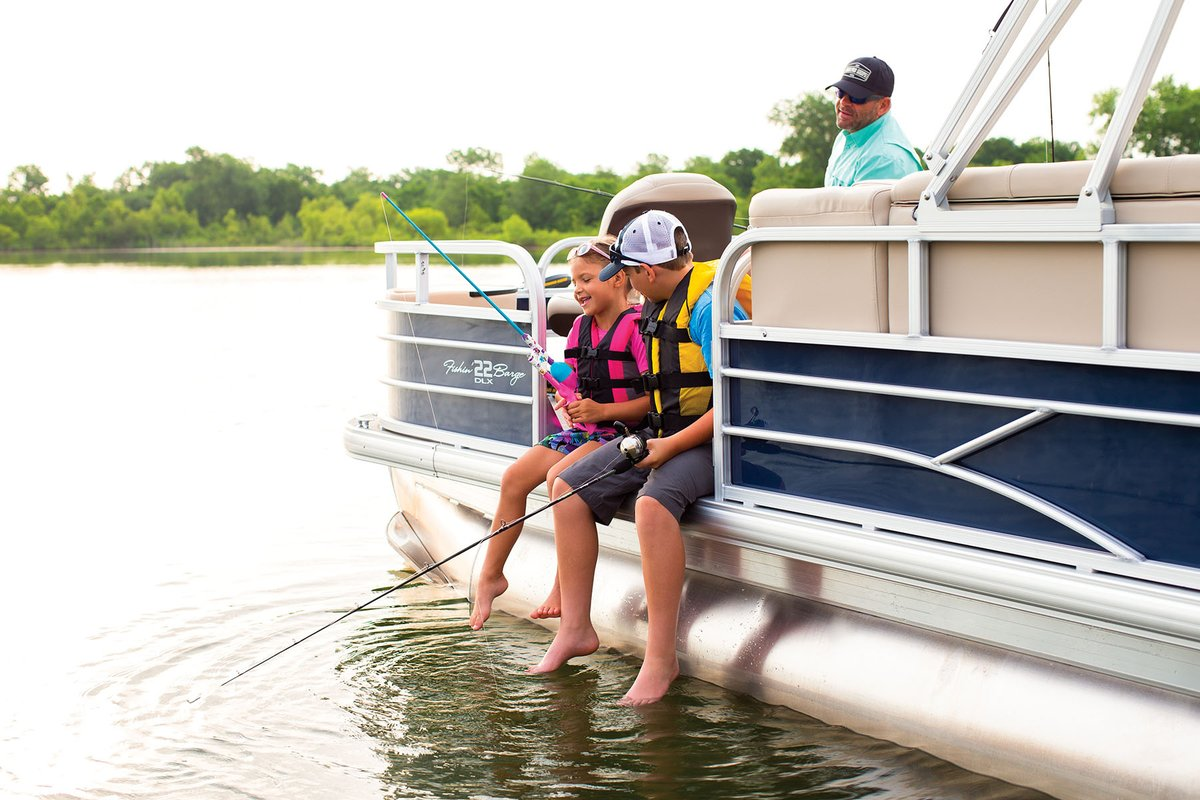It's about more than fishing, it's about making memories. Take one of the @SunTrackerBoats at Bass Pro Shops Long Creek Marina and see what you catch. https://t.co/MZeinkMuDj