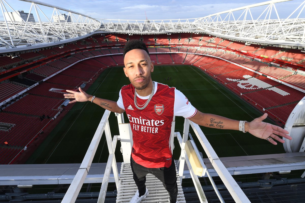 🔴 Pierre-Emerick Aubameyang has signed a new contract with @Arsenal until 2023 ✍️  Happy, Gunners fans? 😁  #UEL https://t.co/RRIKhl5cxf