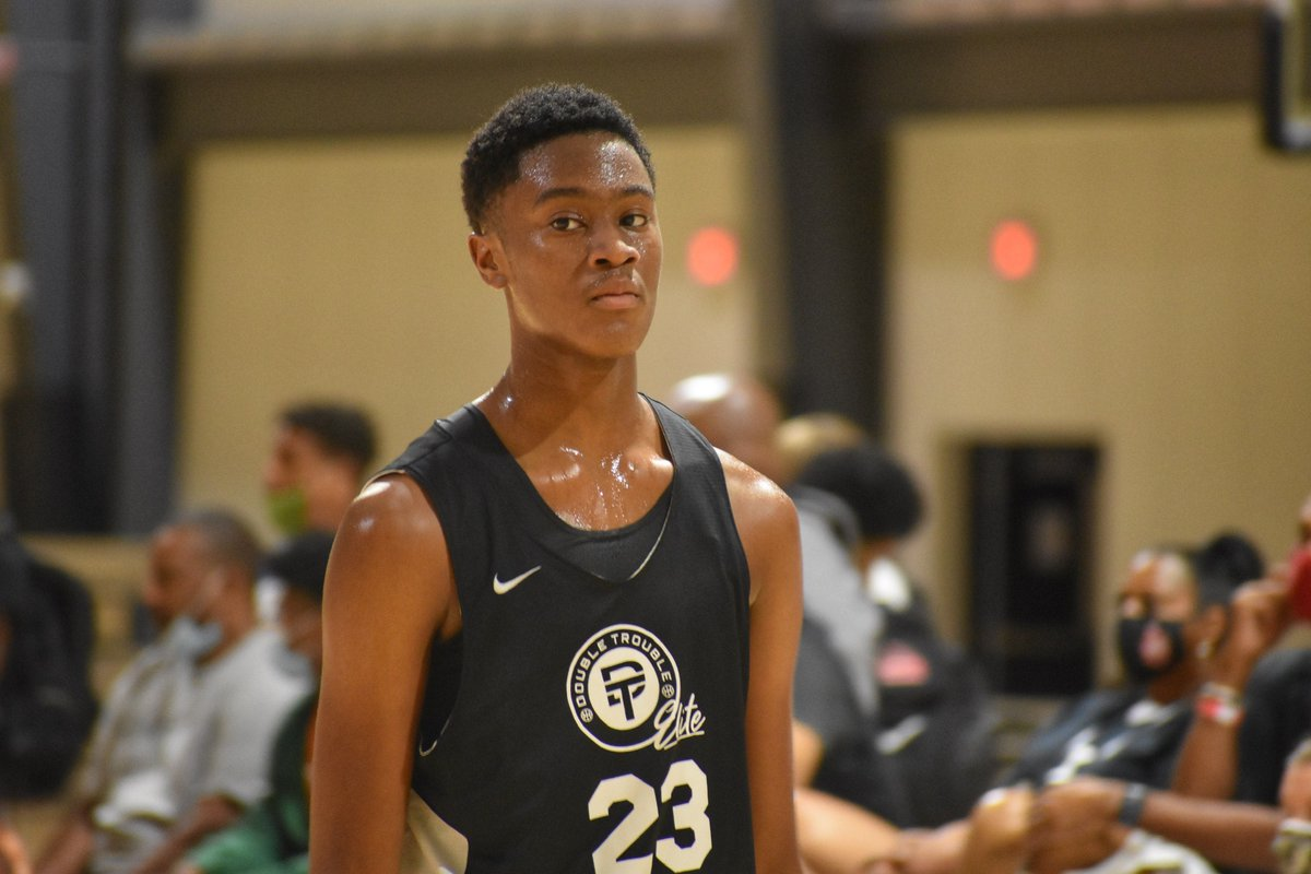 """#BattleForGeorgia  @RivalsDan: """"Chad Moodie really caught my attention for Double Trouble 15U in the Qualifier. He's an elite athlete with a motor that never stops running. He can hit jumpers and has a super quick first step putting it on the floor. Rebounds. Blocks shots."""" https://t.co/CkXQ6xVHwn"""
