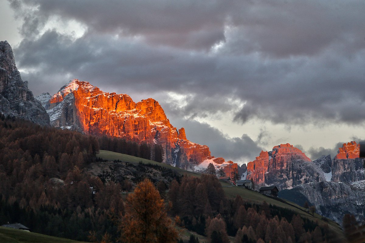 The colors of the Dolomites in Autumn