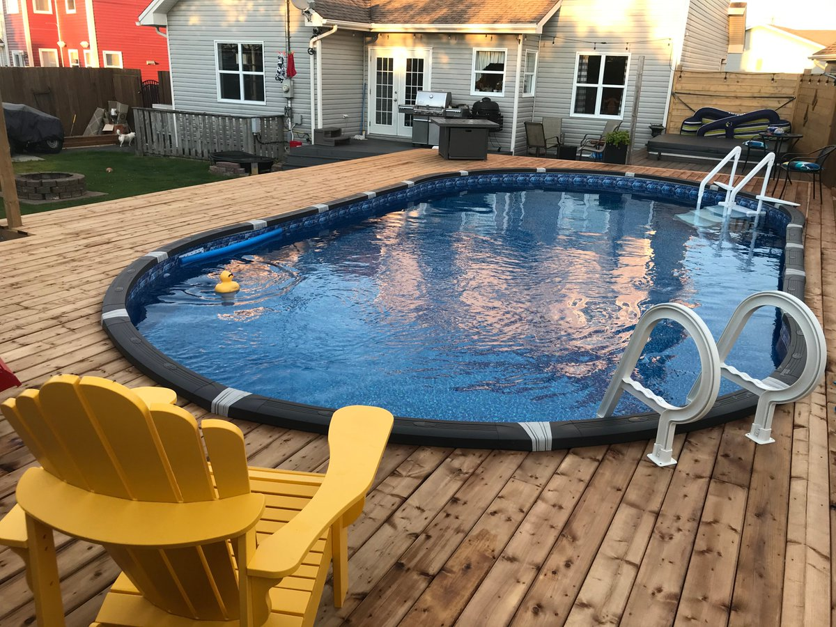 """What a beautiful pool! Thank you Paul C from St. John's, Newfoundland! 🍁  Bought an Element 15 x 30 ft oval #pool, deluxe equipment package, Pura Vida UV system, and 30"""" Mighty Above Ground Step! #PoolSuppliesCanada https://t.co/2DihyxLMbJ https://t.co/P6zcAMlWiH"""
