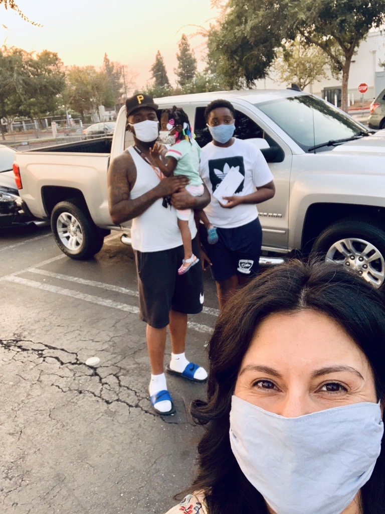 "Mitchell, a Central Valley dad, says, ""We mask up to stay safe together."" #MaskUpCV #centralFresno #theirfuturefirst #familiesthatmasktogetherstaytogether https://t.co/WJ23vQVJbI"