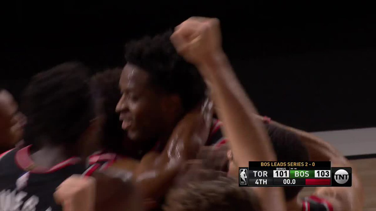 OG AT THE BUZZER! 😱