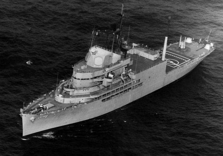"""JSF on Twitter: """"イージス実験艦USSノートン・サウンド(水上機母艦を改造してミサイル実験艦としたもの)… """""""