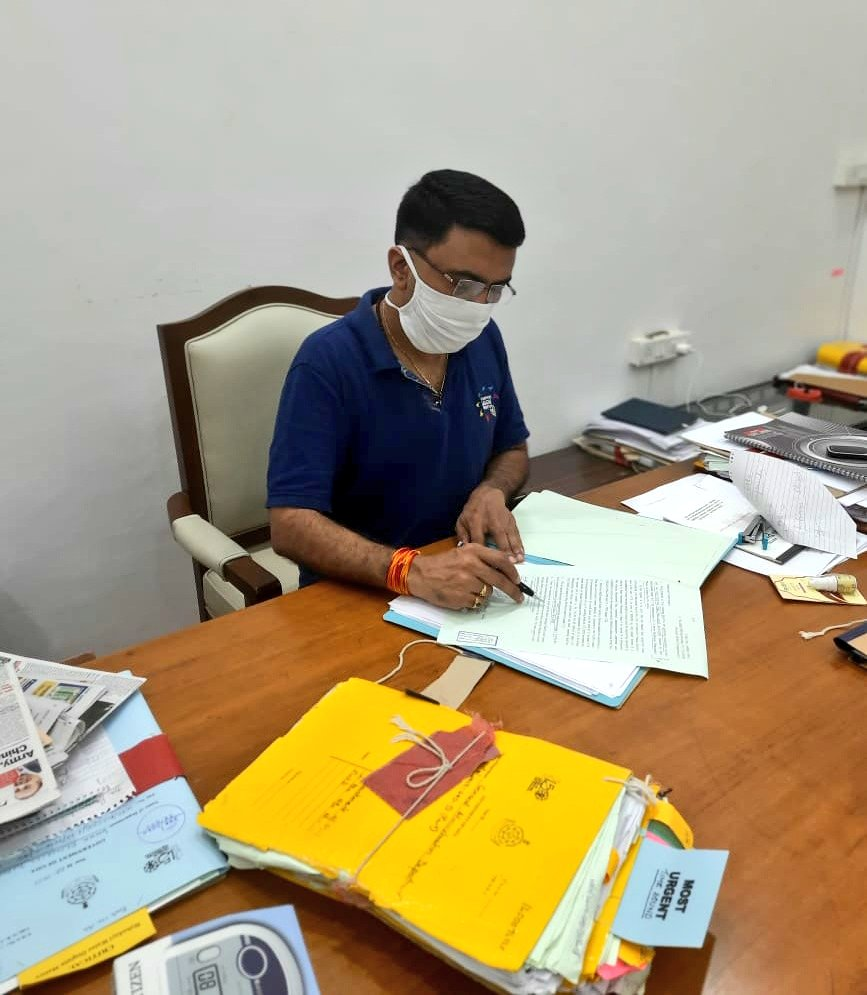 As stated, Chief Minister @DrPramodPSawant continues to discharge his duties. https://t.co/JfJ9RIU74B