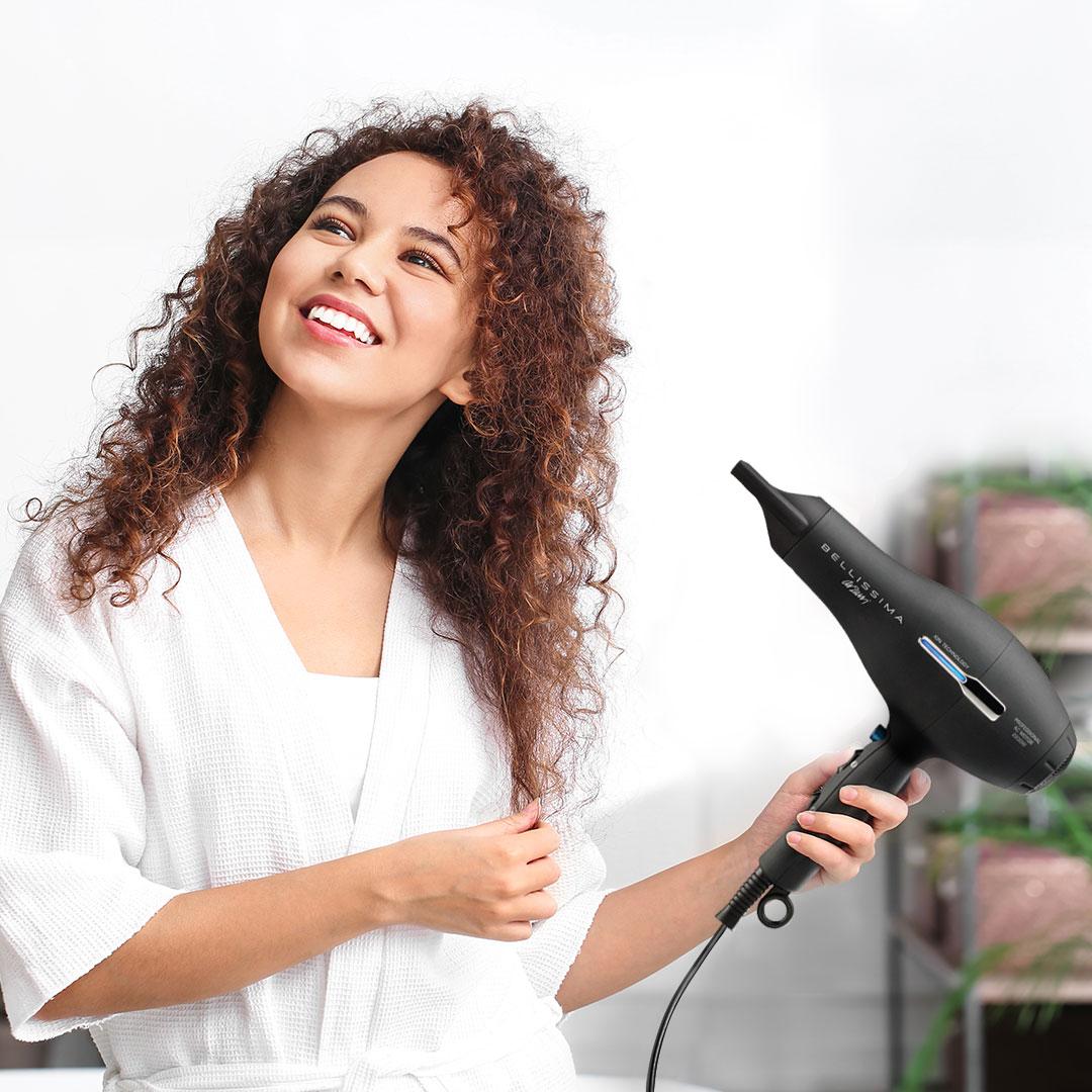 Arzum Bellissima'nın iyon özelliği sayesinde parlak ve elektriklenmeyen saçlarınızın tadını çıkarın! 🥰 #Arzum #ArzumBellissima #Bellissima https://t.co/v0aLEvfXr2