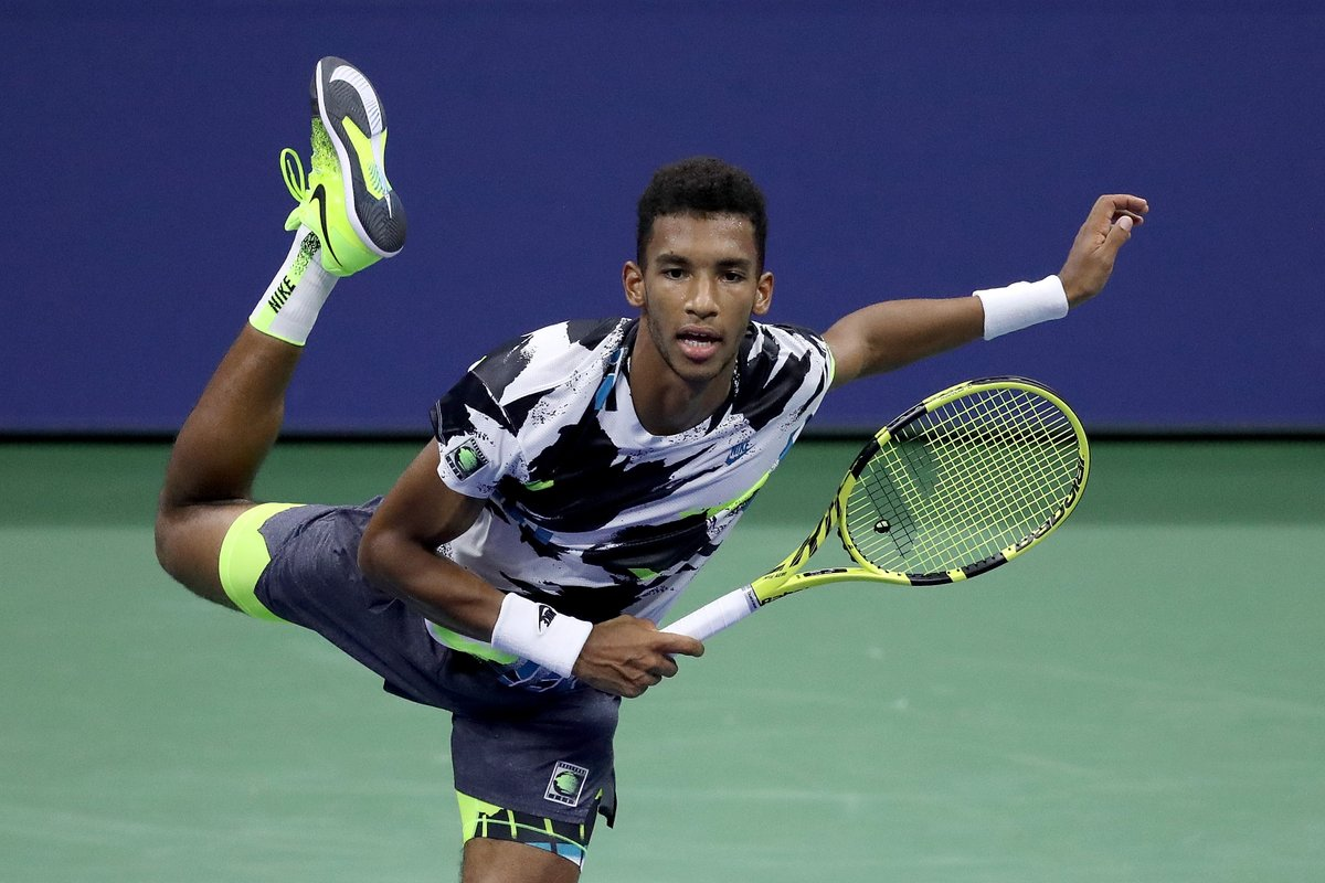 """In the back of your mind, you know you're facing Andy. You're facing a great champion and you know it's not an everyday second round""  🇨🇦 @felixtennis dismisses Andy Murray to reach #USOpen R3! 💪  #NextGenATP #SeeTheFuture https://t.co/pUBfFUPFPd"