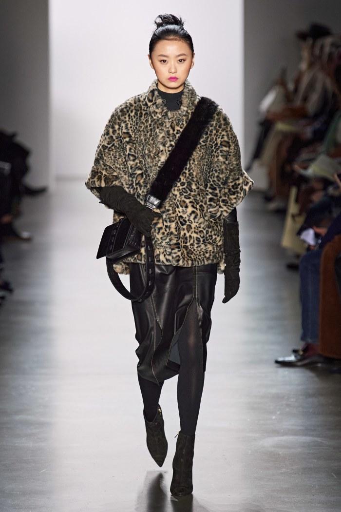 Wild to the heart #DennisBassoFALL 2020  #infurmagazine #infurmag #fashion #slowfashion #furs #furfashion #ootd #fashioninfluencer #streetstyle #omg #animalprint #mink #fashionstyle #nyfw #fashionweek #fashionstatement #styleinspo #wiwt #streetfashion #trends #fw #newcollection https://t.co/lJ7UD3RFhA