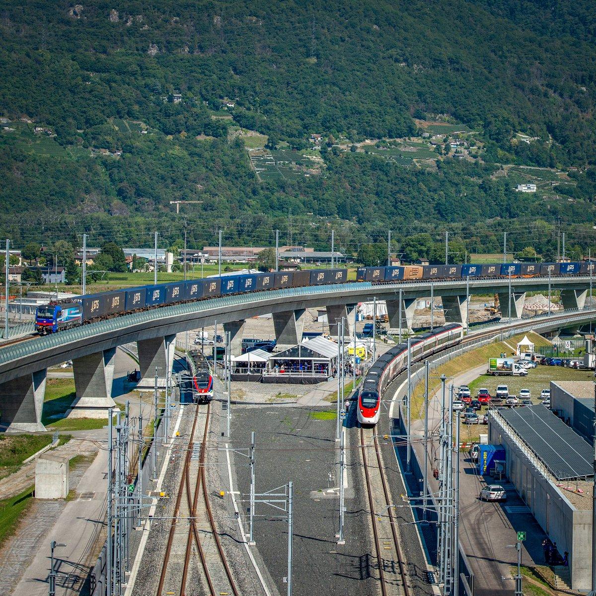 Der Ceneri-Basistunnel ist eröffnet! Viva il treno, viva il Ticino, viva la Svizzera! #ceneri2020 https://t.co/qUjgwhkEWW