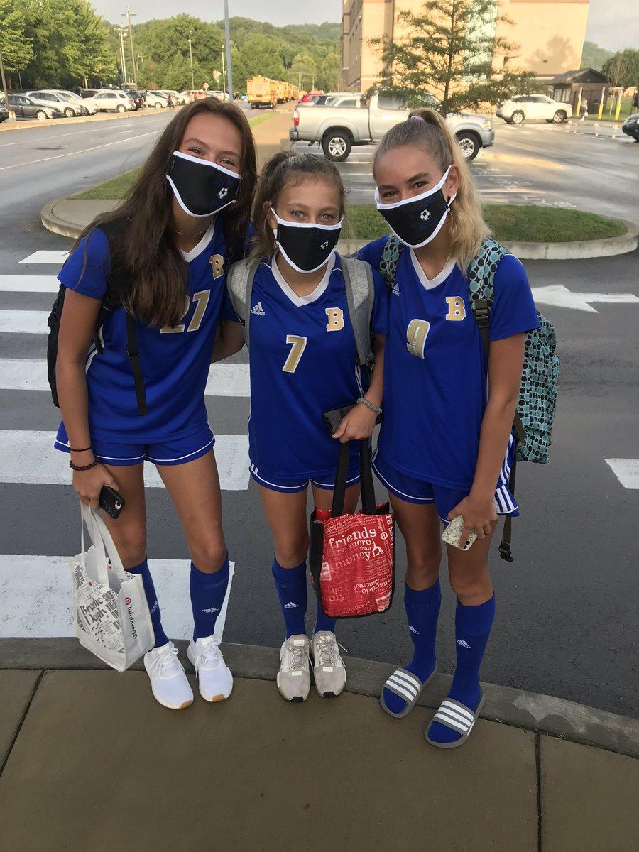 Freshmen scholar athletes! Lady Bruins soccer team! https://t.co/zD3OCvHDmb