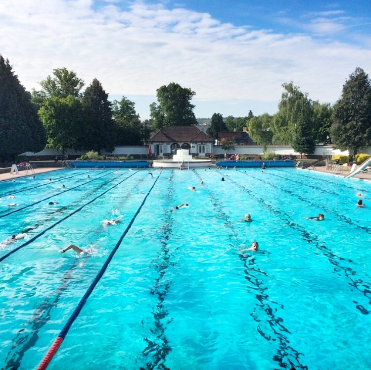 ‼️ YOUR LIDO NEEDS YOU ‼️ The Trustees have decided that we can only afford to stay open for one more week unless our numbers increase. Help us to save the season and book your swim now! 😎  https://t.co/7mtwhXreob https://t.co/wtiJWpEA5W
