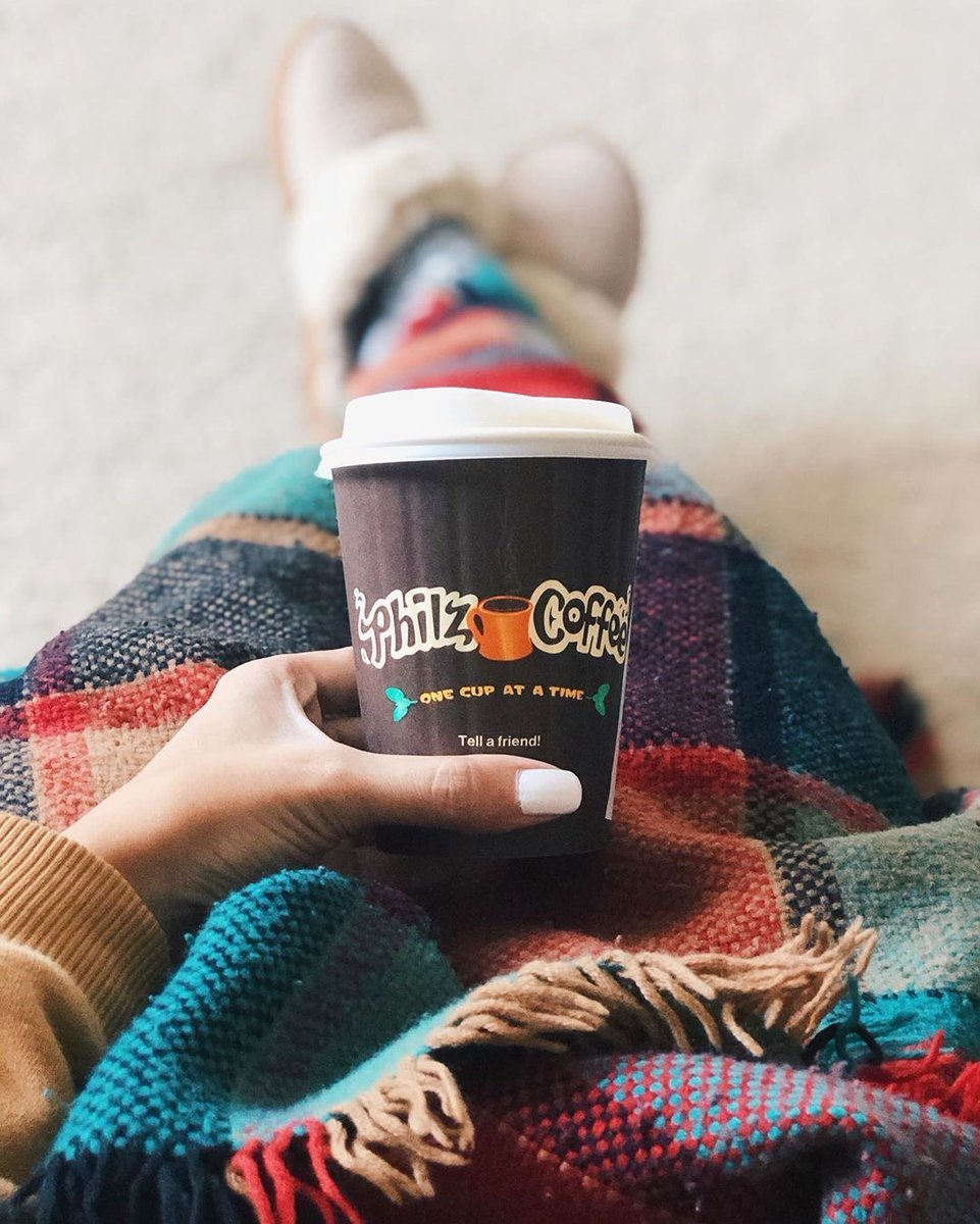 Is it Fall yet? (IG) foodiehand is inspiring us to cozy up with a cup. Who else is looking forward to cool weather and hot coffee? . #cupofcozy #fallvibes #philzway #philzathome #philzapp https://t.co/9VzmGe6xnq