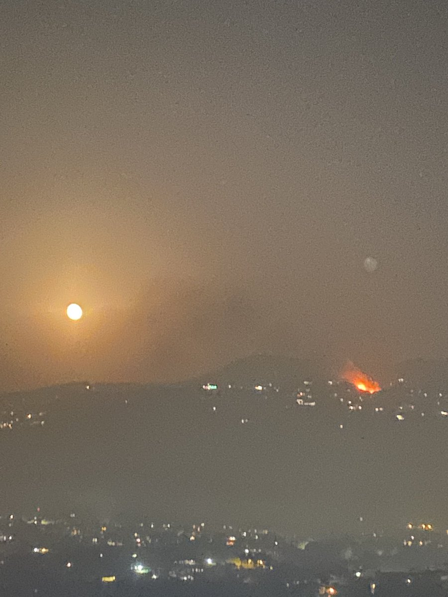 Massive fire in the north eating at a large part of the forests remaining in the area. #Lebanon #Wildfire