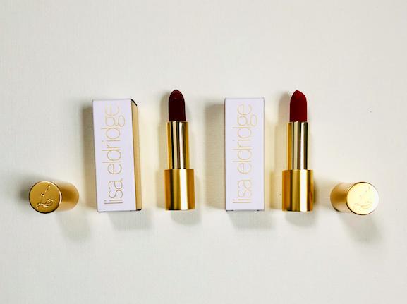 """I'm giving away Lisa Eldridge's luxe velvet lipstick in """"Velvet Jazz"""" and """"Velvet Ribbon"""". Beautiful formula. To enter, RT & follow @davelackie https://t.co/1SM3ot3WDj"""