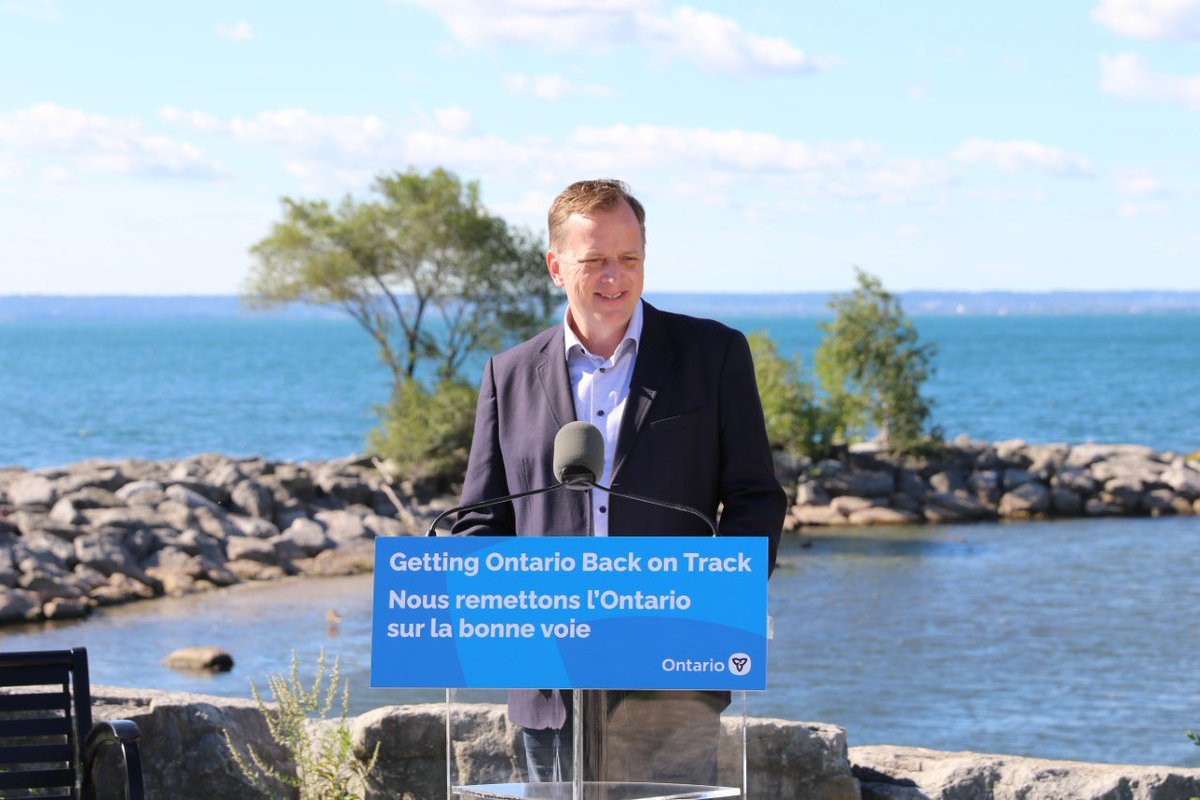 Today, I announced $7.47M to improve the health of the Great Lakes. Thanks MPP McKenna, @ConservHalton & @Hamilton_CA for joining me. The beautiful Burloak Waterfront Park on Lake Ontario was the perfect background to highlight what we're protecting.  https://t.co/RtiJIaEfgy https://t.co/ge5Szuuy8H