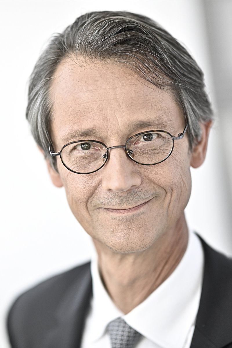 Congratulations! Olivier Andriès has been named Executive Vice President of @SAFRAN, effective September 10, 2020. https://t.co/aNrBb28XkJ https://t.co/WaTqdwTuQo