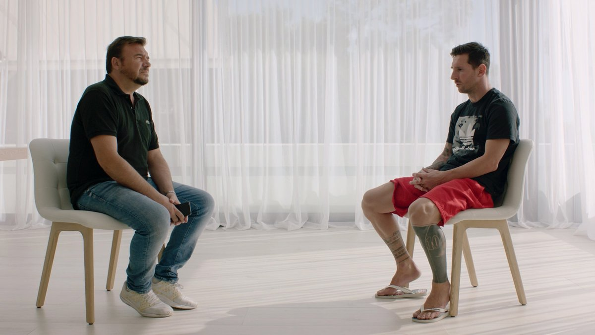 🚨 WORLD EXCLUSIVE 🚨  Lionel Messi will NOT be leaving Barcelona, we can confirm.  We sat down with the man himself to clear up a few things 🐐  Here's what he had to say: https://t.co/NfnhGpZpXc