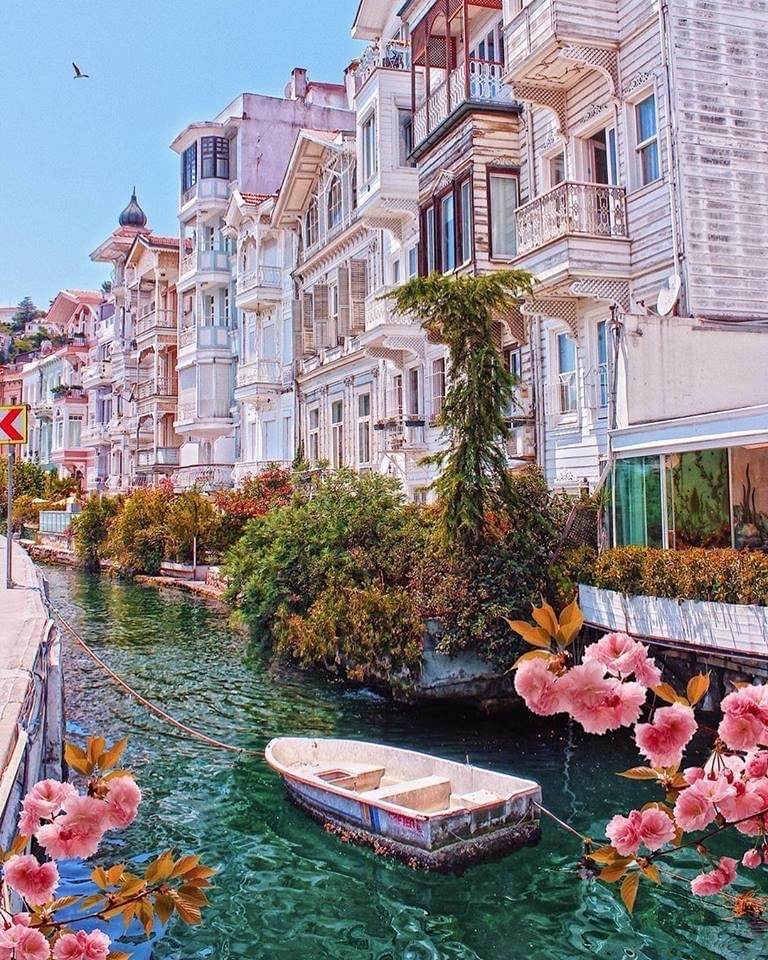 Istanbul, Turkey 🇹🇷   Retweet if you will visit Turkey in 2021 https://t.co/FOXnH32BM4