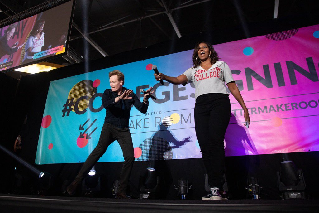 Getting to hear @MichelleObama and @ConanOBrien back together again on this week's #MichelleObamaPodcast episode brings back such great memories of #CollegeSigningDay! They sure are #FriendshipGoals 🕺🏼💃🏾 https://t.co/gIScDUxbAj